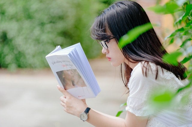 What is the best motivational book to read?